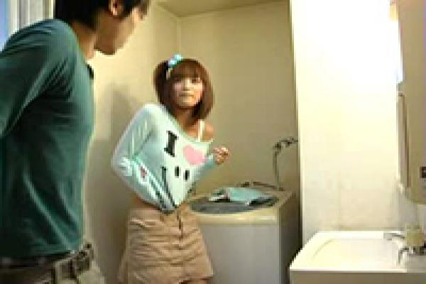 Japanese Boy Enters Bathroom When Stepsis Prepares For Bath - Fuqer Video