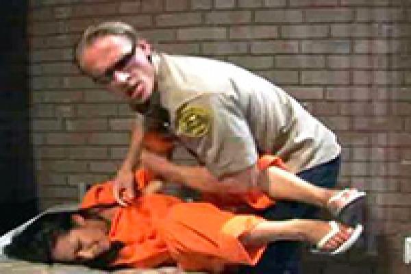 Hardcore prison porno