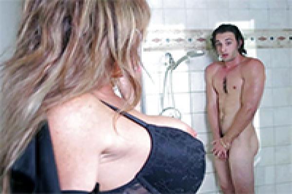 Sooo hot Old cougars seducing boys videos